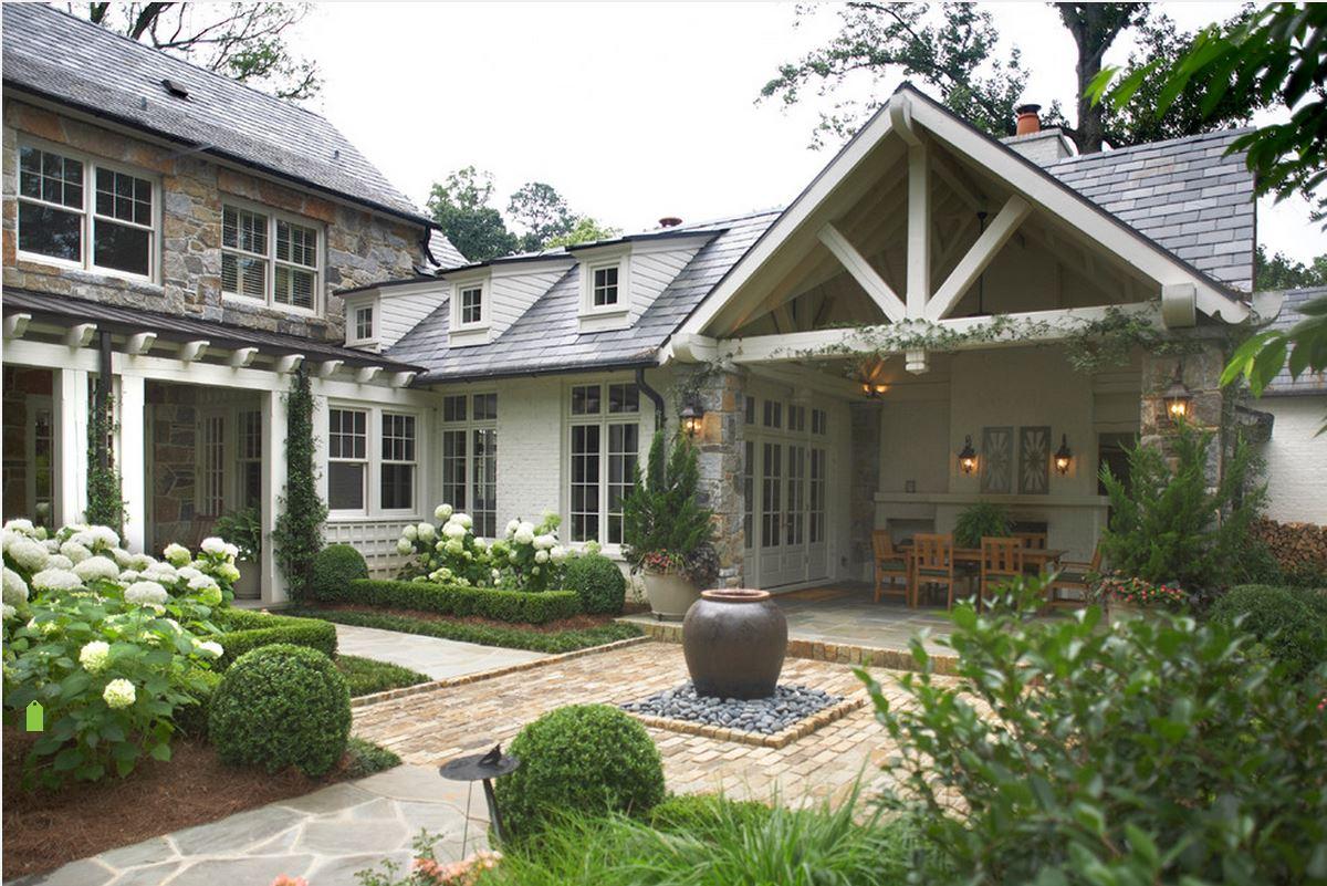 фото домов окна