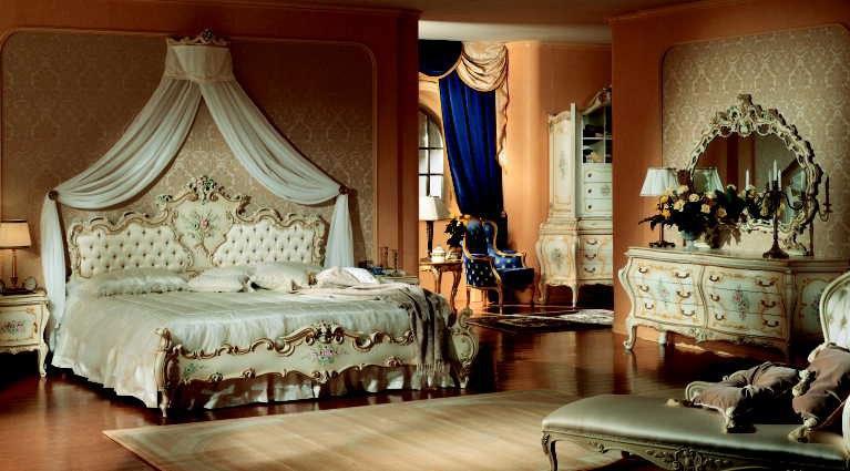 Картинки по запросу опочивальня 19 века во  дворце во Франции