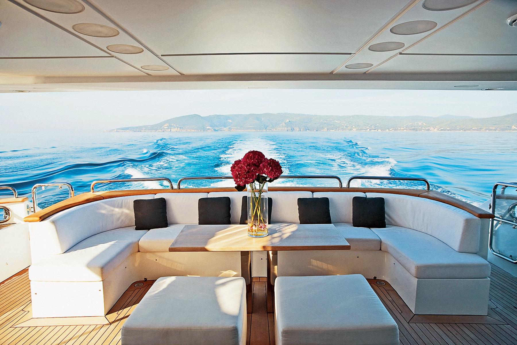 Яхты интерьеры фото