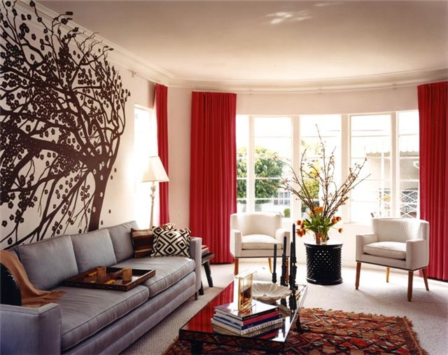 Сочетание цветов в интерьере гостиной в городской квартире