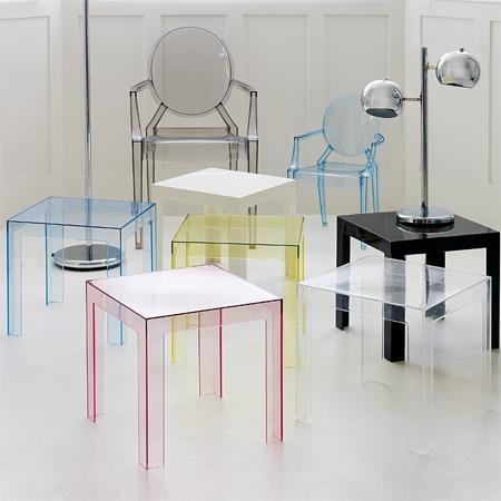 Оригинальные стулья из поликарбоната