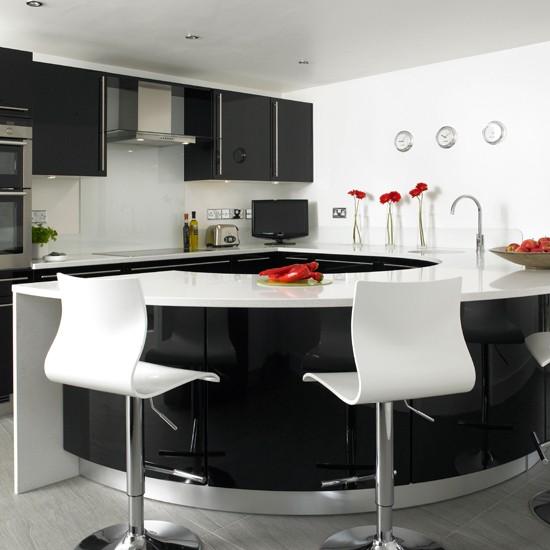 Черно-белые цвета в интерьере