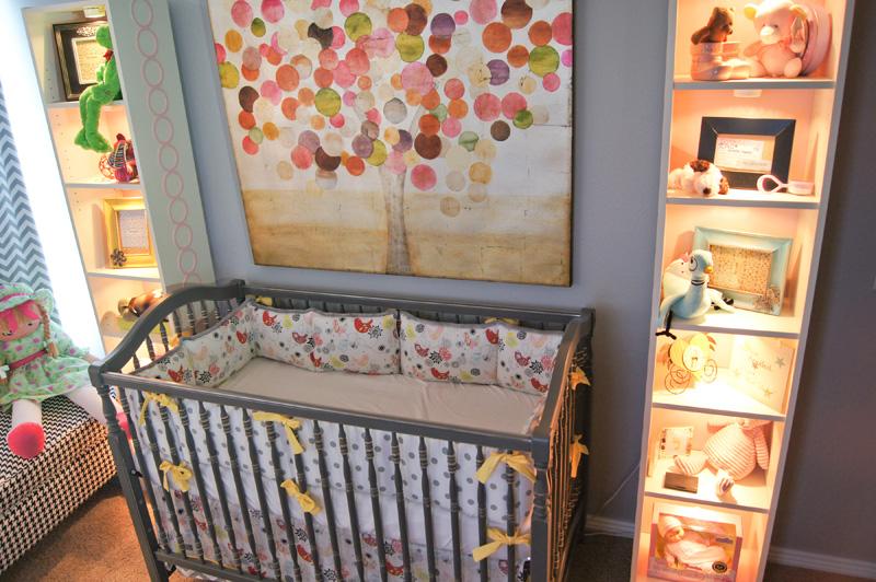 Оформление детской комнаты можно