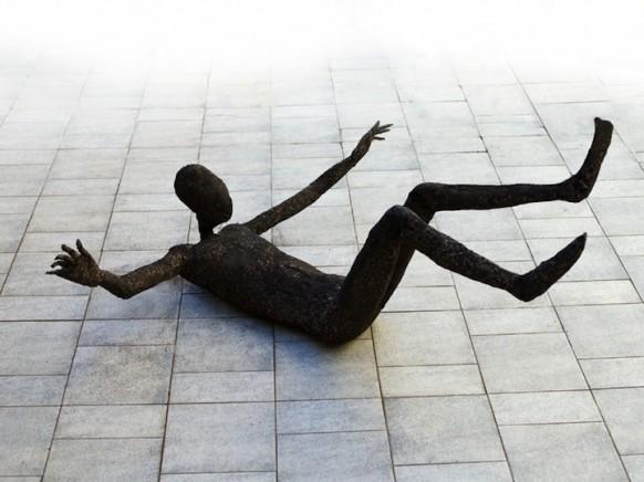 скульптуры из травы