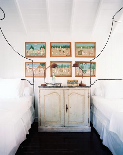 Кровати с балдахином